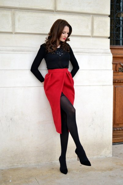 Black Tights Winter Outfits Trends For Women 13