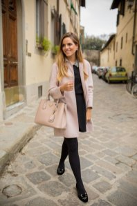 Black Tights Winter Outfits Trends For Women 4