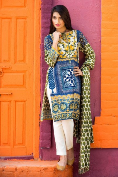 Floral Pattern Embroidery Collection By Khaadi 2016 6