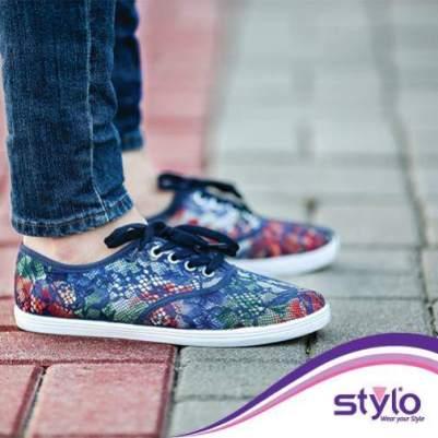 teen girls casual shoe