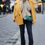 Flared Pants Office Outfits Women Should Wear In Winter 9
