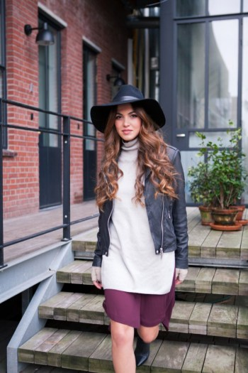 Hair Under Winter Hats Styling Ideas Women Should See 12