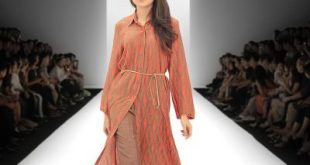 Tena Durrani Summer Trendy Dresses At Daraz Fashion Week 16