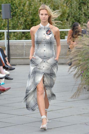 Roland Mouret SS19 LFW Fashion Voyeur Blog 1 Checked Dress