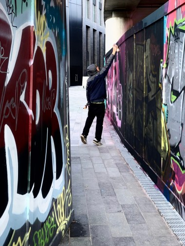 iPhone XS Camera Trial: Street Artists working on huge murals in Shoreditch