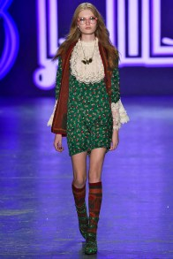 Anna Sui New York RTW Fall Winter 2016 February 2016