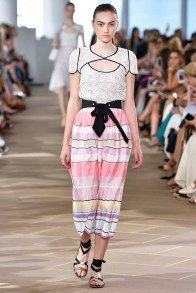 Monique L Huillier New York RTW Spring Summer 2017 September 2016