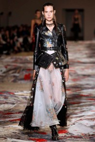 Alexander McQueen Paris RTW Spring Summer 2017 September - October 2016