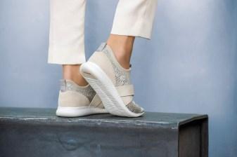 Cole Haan_StudiøGrand Campaign_Location_StudiøGrand Knit Sneaker_Silver Sconce
