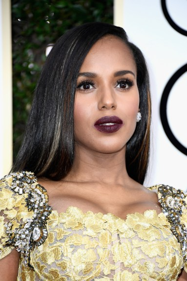 BEVERLY HILLS, CA - JANUARY 08: Actress Kerry Washington attends the 74th Annual Golden Globe Awards at The Beverly Hilton Hotel on January 8, 2017 in Beverly Hills, California. (Photo by Frazer Harrison/Getty Images)
