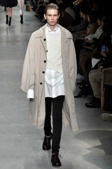 Burberry London Womenswear Fall Winter 17 London February 2017