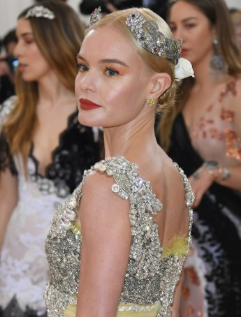 "NEW YORK, NY - MAY 02: Kate Bosworth attends the ""Manus x Machina: Fashion In An Age Of Technology"" Costume Institute Gala at Metropolitan Museum of Art on May 2, 2016 in New York City. (Photo by Larry Busacca/Getty Images)"