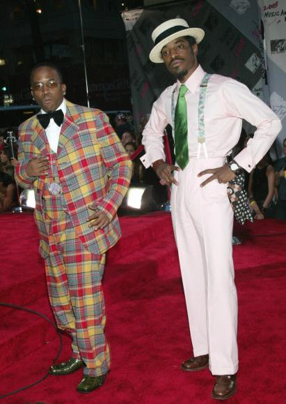 NEW YORK - AUGUST 28: Musical Group OutKast arrives to the 2003 MTV Video Music Awards at Radio City Music Hall on August 28, 2003 in New York City. (Photo by Evan Agostini/Getty Images)