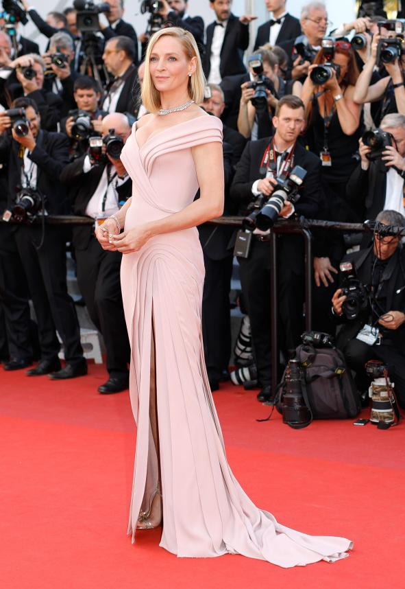 """CANNES, FRANCE - MAY 17: Un Certain Regard jury president Uma Thurman attends the """"Ismael's Ghosts (Les Fantomes d'Ismael)"""" screening and Opening Gala during the 70th annual Cannes Film Festival at Palais des Festivals on May 17, 2017 in Cannes, France. (Photo by Andreas Rentz/Getty Images)"""