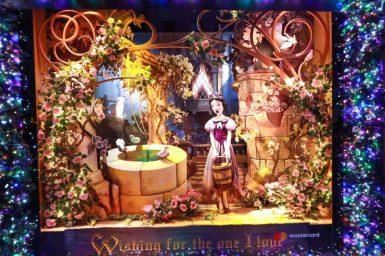 Saks x Disney Holiday Window (6)