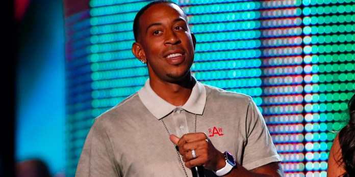 ludacris-paid-a-jeweler-to-add-diamonds-all-over-his-apple-watch
