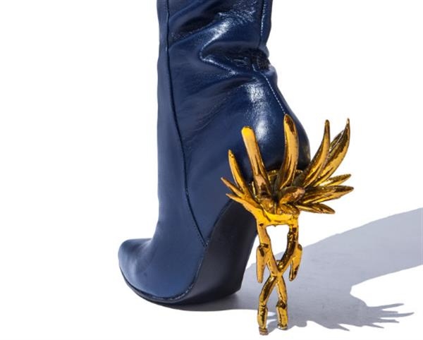 these-weapon-inspired-3d-printed-stiletto-boots-killer-5