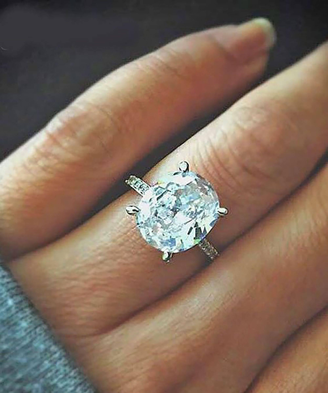 15 Best Ideas Of Flashy Wedding Rings