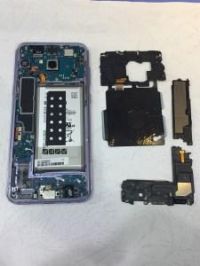 不知道經歷了什麼三星S8+面目全非螢幕無法顯示 三星手機維修