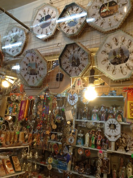 Durango has a SCORPION fetish. Their tourist trinkets all contain (once) live scorpions, like the hands of these clocks.