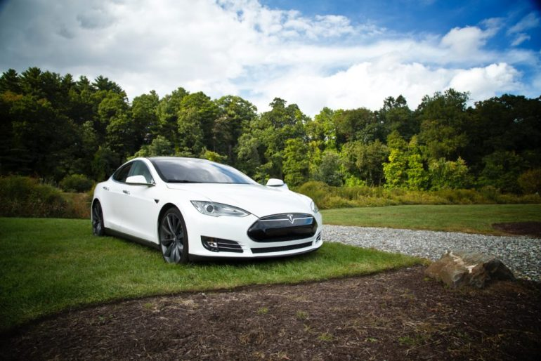 tesla model s runs for 1078 kms on a single charge