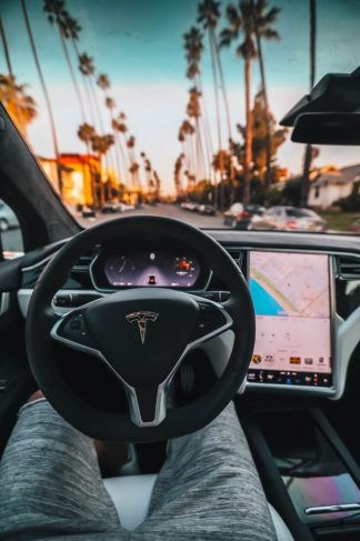 Consumers Ready To Pay For Self Driving Cars