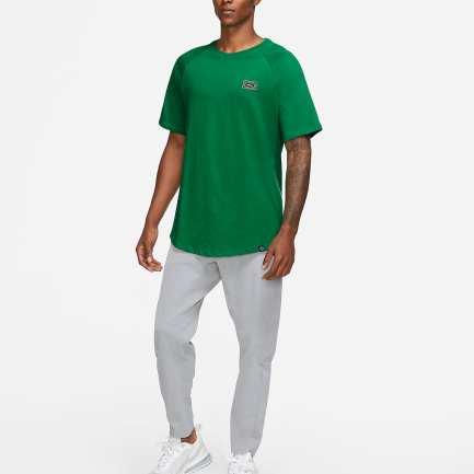 Nike shirt for men and women
