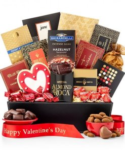 Valentines Day Hearts Gift Basket