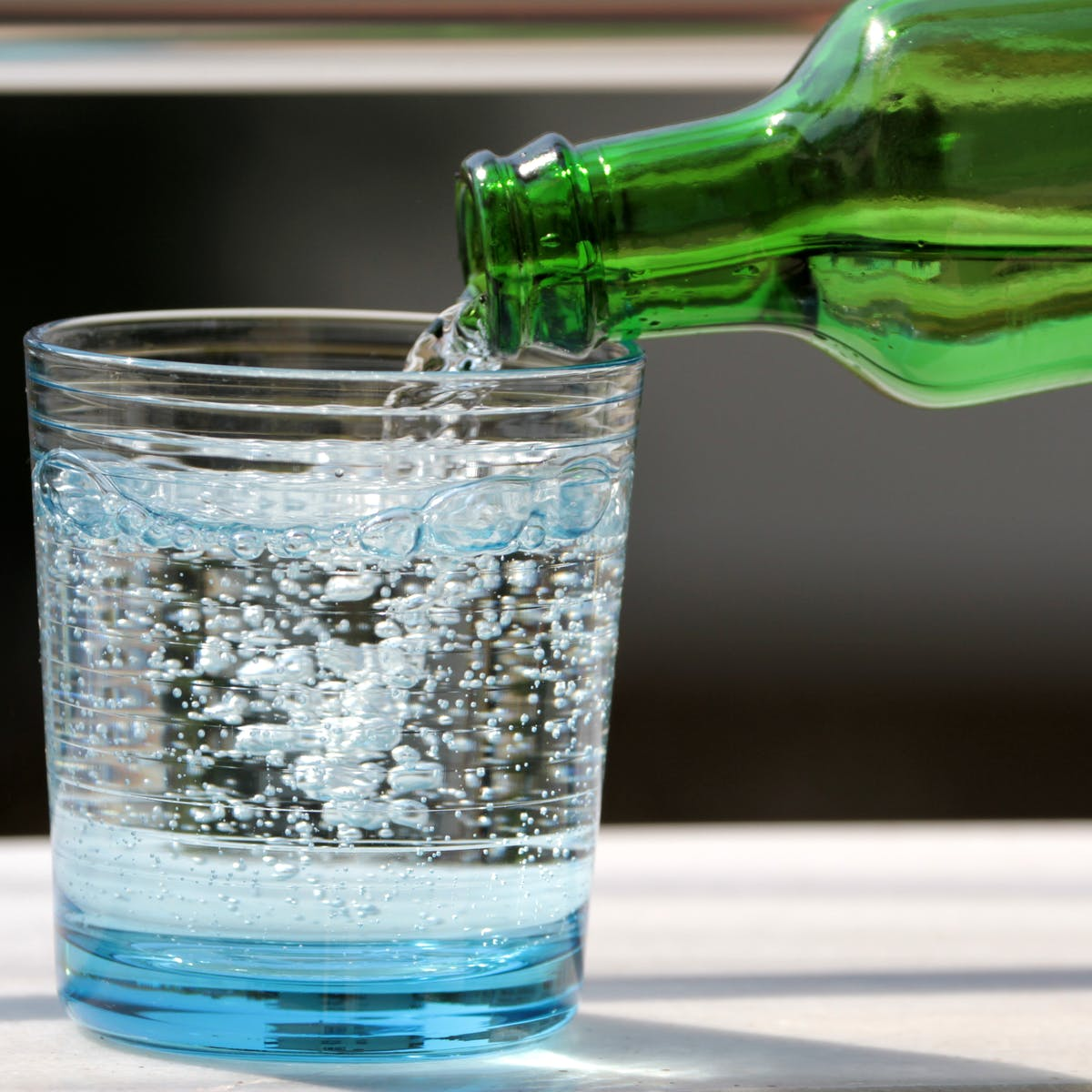 Can i drink sparkling water while i'm fasting? - Fastingplanet