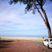 photos at pantai geting