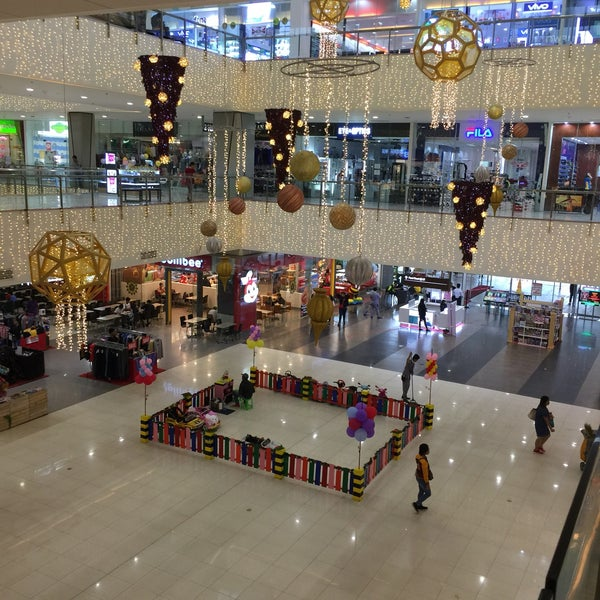 Robinsons Place Santiago - Shopping Mall in Santiago City
