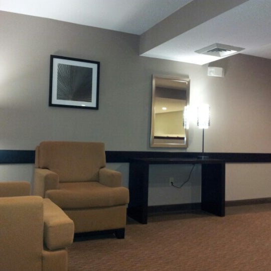 Photos At Sleep Inn Suites 15 Goff Xing