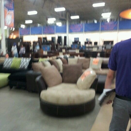 Weekends Only Furniture Outlet St Louis MO