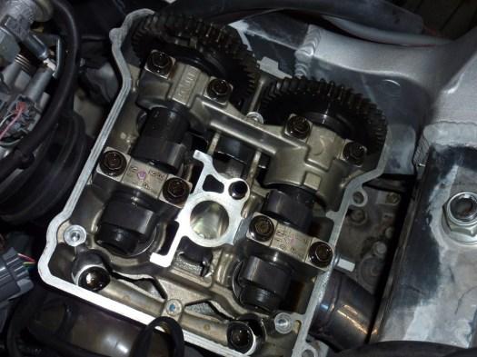 VTR SP-2 Rear Cylinder camshafts