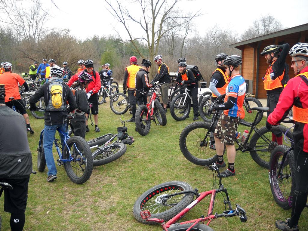https://i0.wp.com/fat-bike.com/wp-content/uploads/2012/12/PRE-RIDE-MEETING.jpg