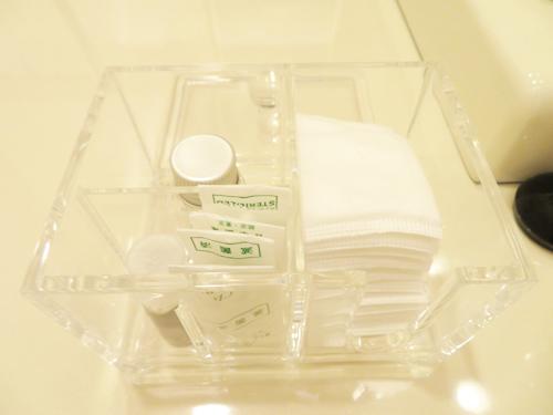 脂肪幹細胞注入(ステムセルリッチファット注入:SRF注入)8日目  切らないフェイスリフト