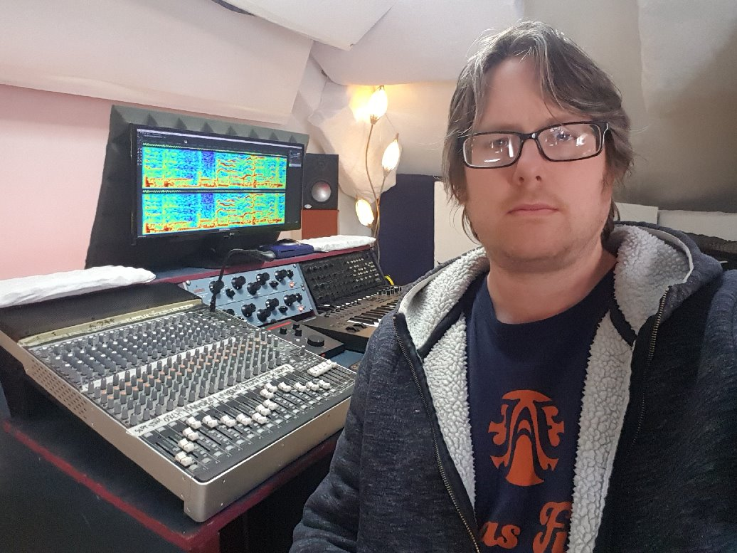 Professional mastering engineer Loz at Fat As Funk Mastering Studio