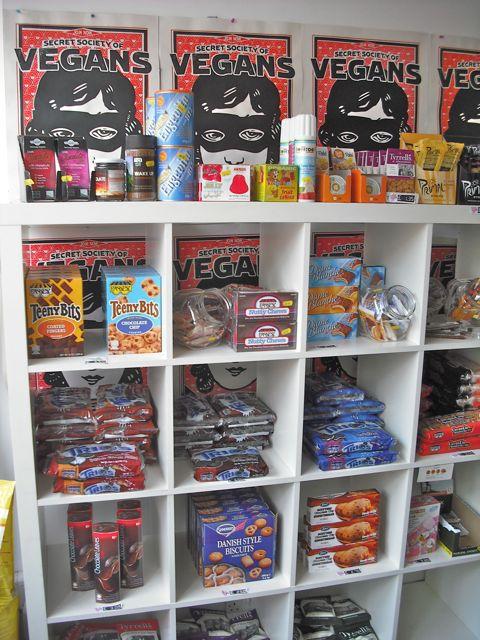 https://i0.wp.com/fatgayvegan.com/wp-content/uploads/2011/05/ssov-shelves.jpg?fit=480%2C640&ssl=1