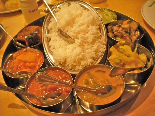 https://i0.wp.com/fatgayvegan.com/wp-content/uploads/2011/07/sagar-thali.jpg?fit=640%2C480