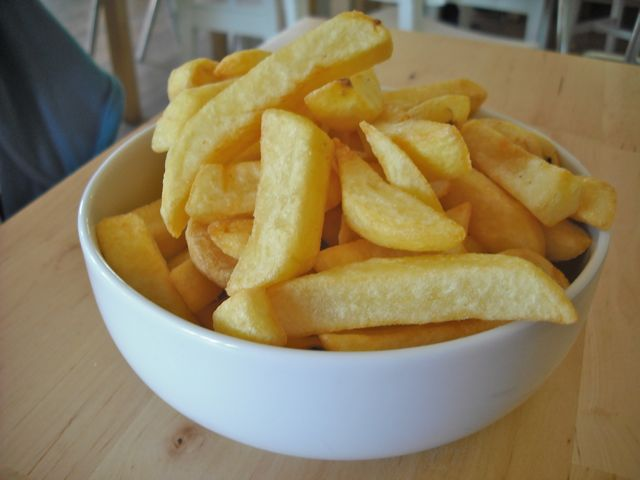 https://i0.wp.com/fatgayvegan.com/wp-content/uploads/2011/08/chips.jpg?fit=640%2C480&ssl=1