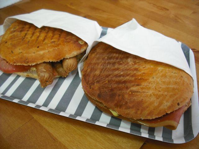 https://i0.wp.com/fatgayvegan.com/wp-content/uploads/2011/08/sandwiches.jpg?fit=640%2C480&ssl=1