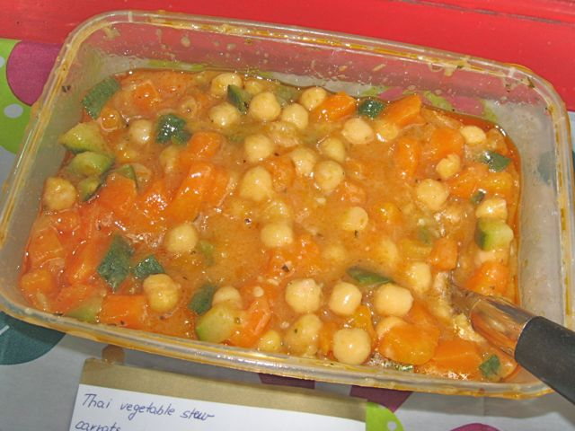 https://i0.wp.com/fatgayvegan.com/wp-content/uploads/2011/08/thai-stew.jpg?fit=640%2C480