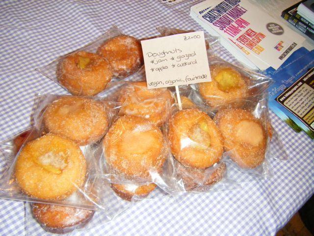 https://i0.wp.com/fatgayvegan.com/wp-content/uploads/2011/08/thv-doughnuts.jpg?fit=640%2C480&ssl=1