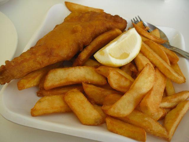 https://i0.wp.com/fatgayvegan.com/wp-content/uploads/2012/04/fish-chips.jpg?fit=640%2C480