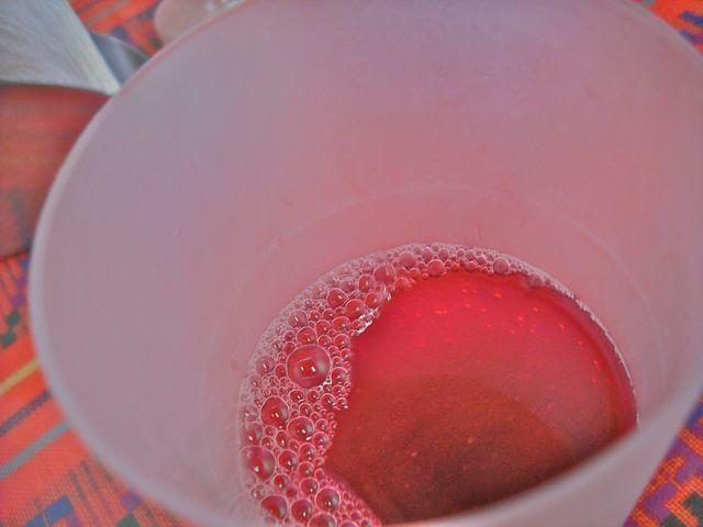 https://i0.wp.com/fatgayvegan.com/wp-content/uploads/2012/09/fruit-water.jpg?fit=640%2C480&ssl=1