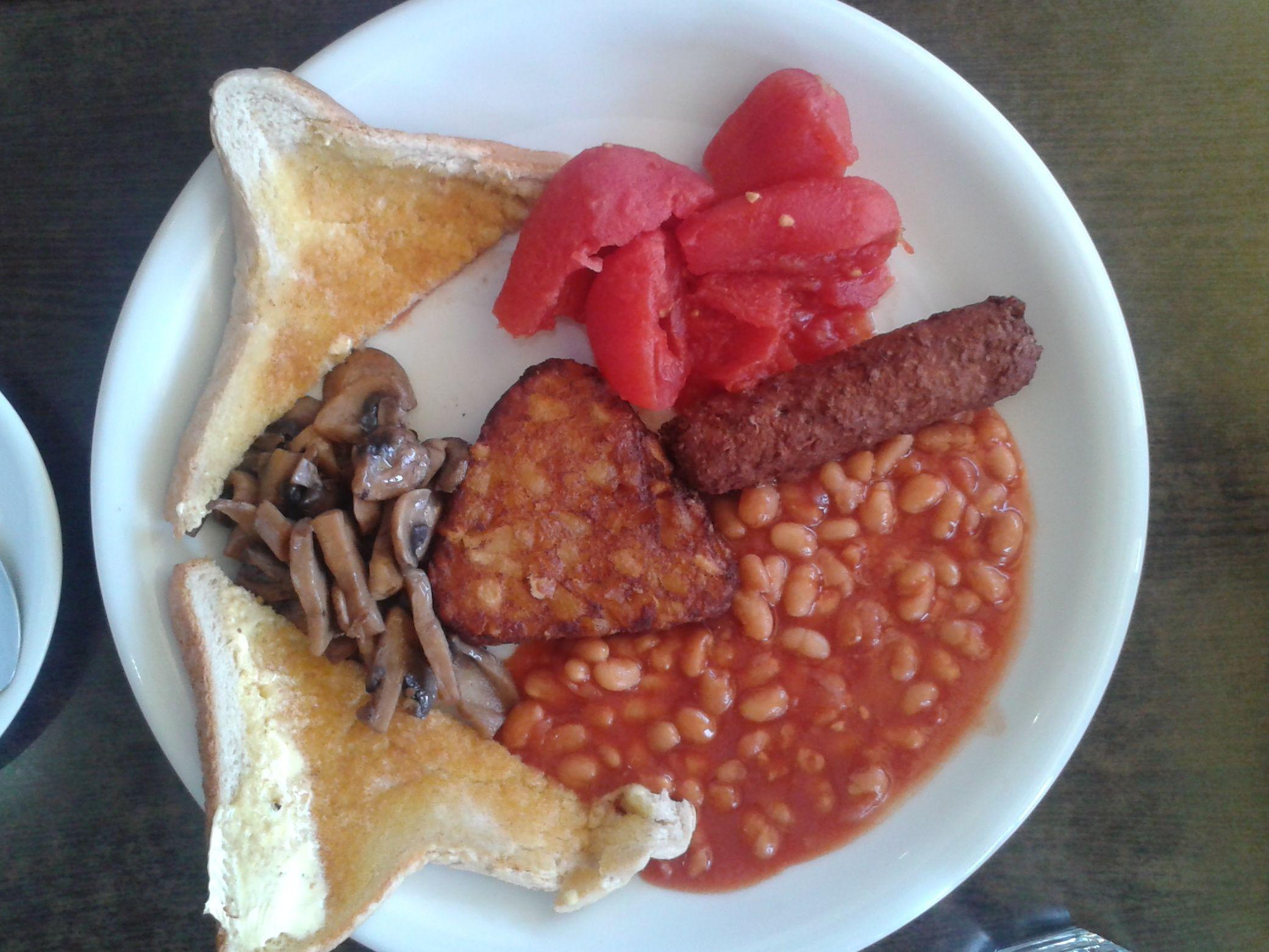 https://i0.wp.com/fatgayvegan.com/wp-content/uploads/2013/07/breakfast.jpg?fit=2081%2C1561