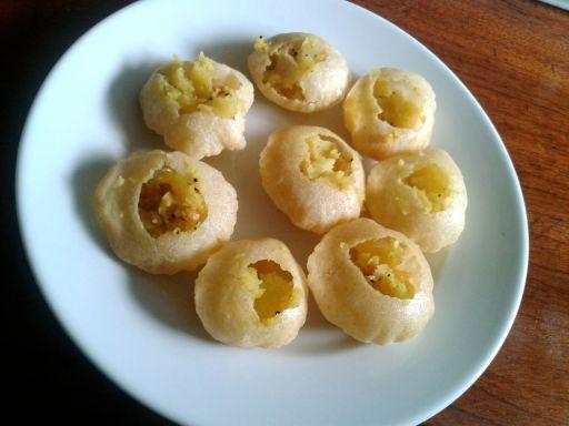 Pani Puri - dry & tasteless