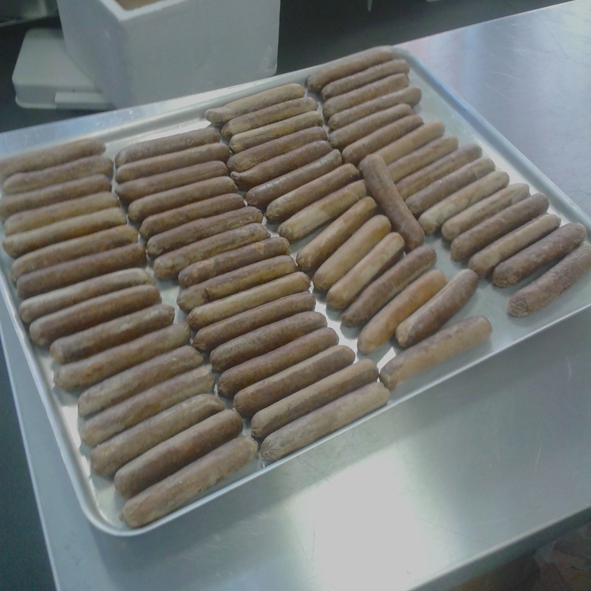 https://i0.wp.com/fatgayvegan.com/wp-content/uploads/2014/02/sausages.jpg?fit=1920%2C1920