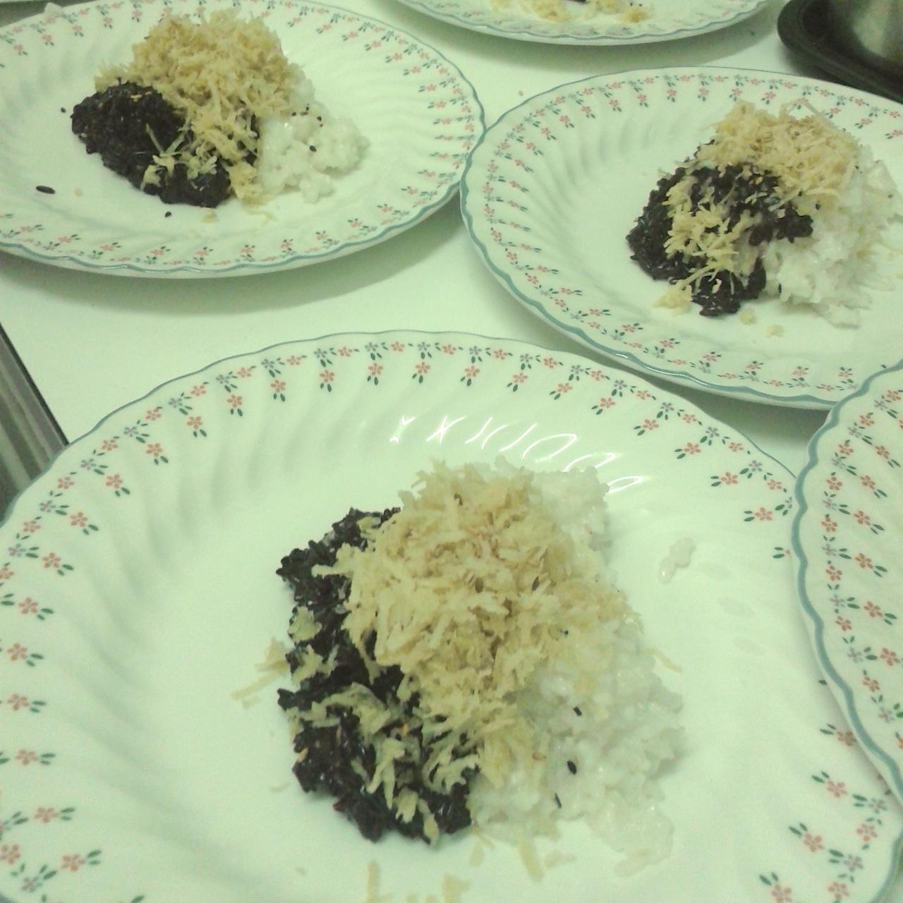 https://i0.wp.com/fatgayvegan.com/wp-content/uploads/2014/04/sticky-rice.jpg?fit=1280%2C1280