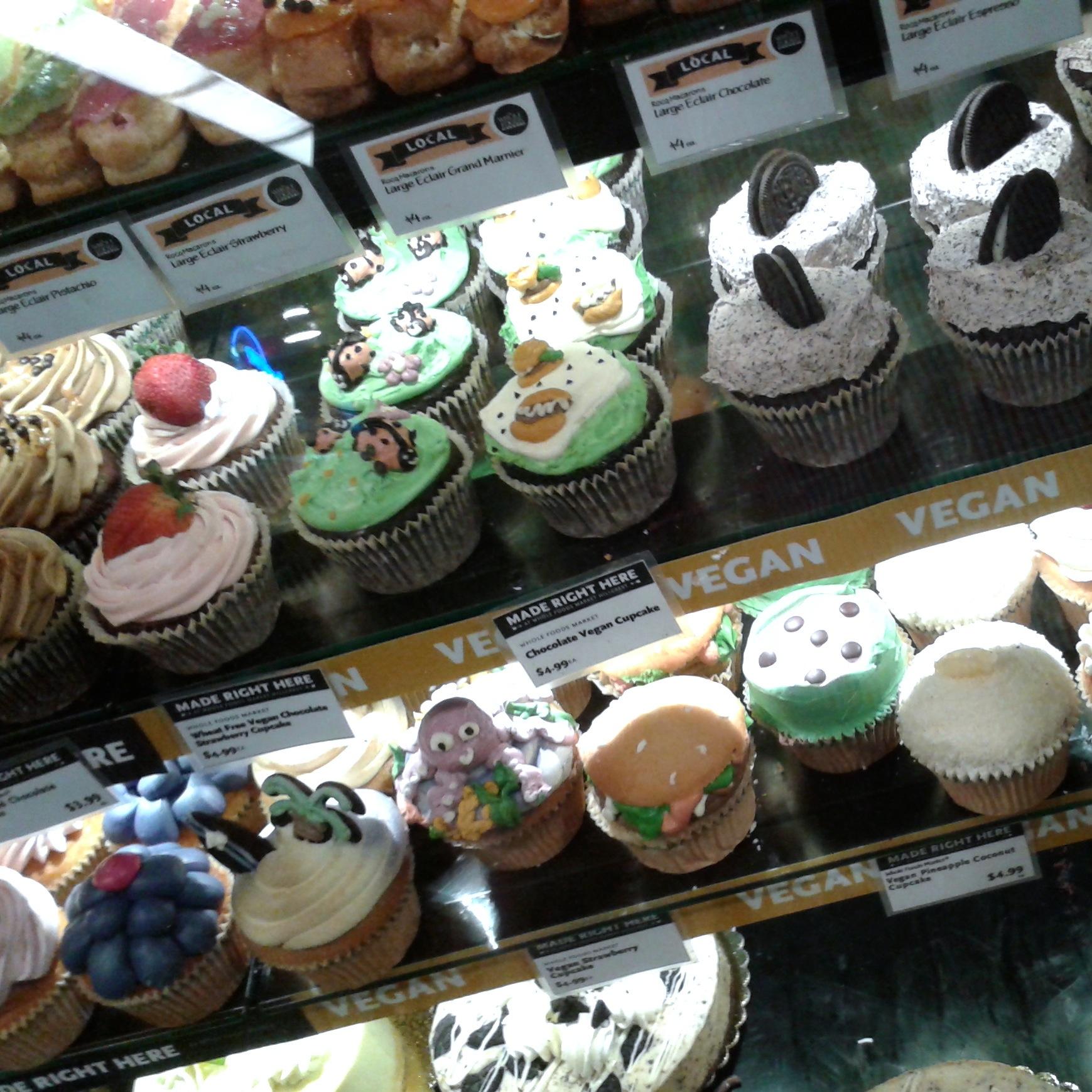 https://i0.wp.com/fatgayvegan.com/wp-content/uploads/2014/05/cupcakes.jpg?fit=1739%2C1739